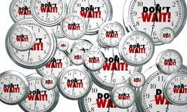 N'attendez pas les horloges pilotant le temps urgent de Loi maintenant Photos stock