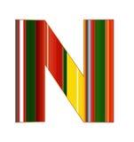 N brief in kleurrijke lijnen op witte achtergrond Royalty-vrije Stock Foto's