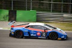 ¡N de Lamborghini Huracà de la serie de Blancpain GT que compite con en Monza Fotos de archivo