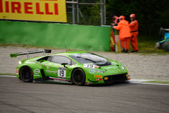 ¡N de Lamborghini Huracà de la serie de Blancpain GT que compite con en Monza Fotografía de archivo