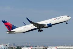 N198DN Delta Airlines Boeing 767-332 (ER) Fotografie Stock