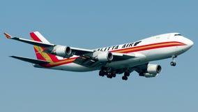N402KZ Kalitta Air, Boeing 747-400F fotografia stock