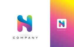 N Logo Letter With Rainbow Vibrant Mooie Kleuren N Kleurrijk T Royalty-vrije Stock Foto's