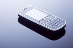 Één moderne mobiele telefoon Royalty-vrije Stock Afbeeldingen