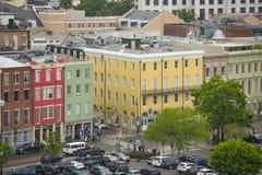 N Peters Street i den franska fjärdedelen, New Orleans Royaltyfri Foto