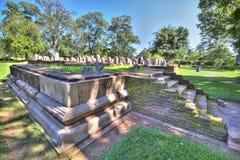 N pielgrzymki miejsce stary królewski miasto Anuradhapura na tropikalnej wyspie Sri Lanka Zdjęcia Stock