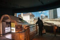 N700 shinkansen驾驶模拟器的火车 库存图片