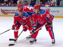 n Zaytsev (22)和I Grigorenko (27) 免版税库存图片