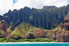 Na在考艾岛海岛的pali海岸 图库摄影