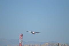 Na aproximação final ao aeroporto de Alicante Foto de Stock