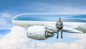 Na asa do avião do voo Imagens de Stock Royalty Free