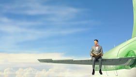 Na asa do avião do voo Imagem de Stock