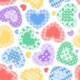 Na biel patchworków serca. Obrazy Royalty Free