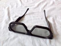 Na biel podbitych oczu szkła Zdjęcie Stock