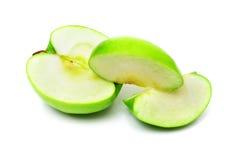 Na biel zielony Cuted jabłko Obraz Stock