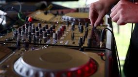 Na cabine do DJ video estoque