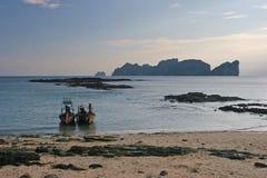 Na Długiej plaży piękny zmierzch Fotografia Stock