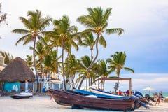 Na de partij op het strand in Punta Cana, 07 05 17 royalty-vrije stock afbeeldingen