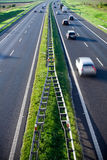 Na estrada, carros do borrão de movimento fotos de stock