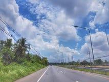 Na estrada de Nongkhai a Khonkaen, Tailândia fotos de stock royalty free