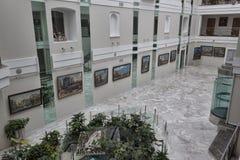 Na galeria de Feldman uma exposição de solo do Kharkov famoso a Foto de Stock