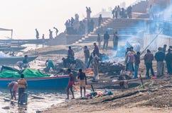 Na Ganges Rzece obrządkowe kremacje Obrazy Royalty Free