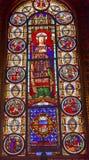 9na iglesia París Francia de Louis En L'ile del santo del vitral de rey Louis Fotos de archivo