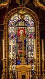 9na iglesia París Francia de Louis En L'ile del santo del vitral de rey Louis Fotos de archivo libres de regalías