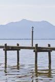 Na Jeziornym Chiemsee łódkowaty dok Obrazy Royalty Free