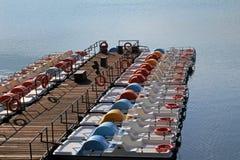 Na ledrosee pedałowe łodzie fotografia royalty free