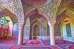 Na mesquita de Nasir Ol-Molk de Shiraz, Irã Imagem de Stock Royalty Free