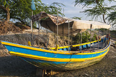 na mieliźnie łódź Obrazy Stock