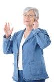 Na mobilny ja target930_0_ kobiety dojrzały gawędzenie Obraz Stock