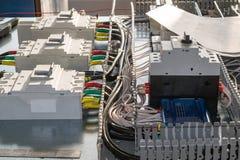 Na montażu panelu tam jest łamacze i obwodu łamacza ochrona silnik Obraz Royalty Free