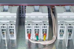 Na montażu panelu tam jest trzy władzy obwodu łamacz Zdjęcie Stock
