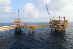 Na morzu budowy platforma dla produkci ropa i gaz, Ropa i gaz przemysł Zdjęcia Royalty Free