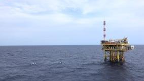 Na morzu produkci platforma w morzu dla ropa i gaz produkci zbiory wideo