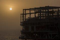 Na morzu wieża wiertnicza w budowie Fotografia Royalty Free
