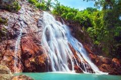 Na Muang 1 Wasserfall, Koh Samui, Thailand stockbilder