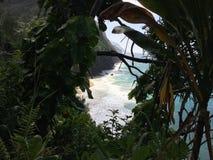 Na Pali wybrzeża falezy na Kauai wyspie Hawaje, Kalalau ślad, - Obraz Stock