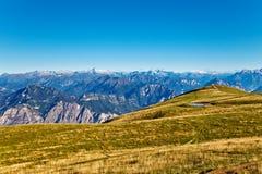 Na parte superior dos alpes Fotografia de Stock Royalty Free