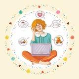 Na podłogowym używać laptopie dziewczyny obsiadanie Obraz Stock