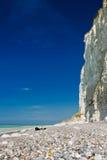 Na praia em Dieppe França em abril de 2015 Imagem de Stock Royalty Free