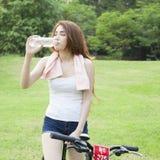 04 na rowerze Zdjęcia Royalty Free