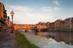 Na rzecznym Arno Vecchio Most, Florencja Fotografia Royalty Free