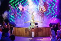 Na scenie w spektakularnym przedstawieniu Najważniejszym muzykalny theatre Zdjęcie Royalty Free