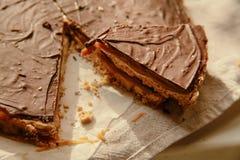 Na talerzu czekolada tort zdjęcie royalty free