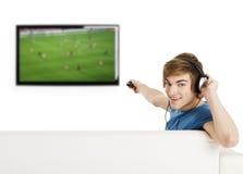 Na TV dopatrywanie futbol Obraz Royalty Free
