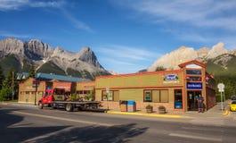 Na ulicach Canmore w kanadyjskich Skalistych górach Obrazy Royalty Free