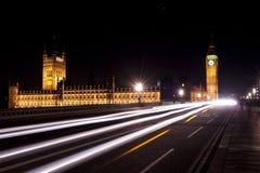Na Westminster moscie biały światła ruchu Fotografia Royalty Free